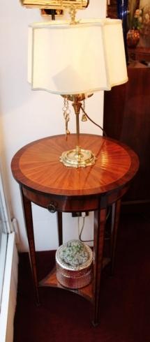 Antiquariato milano galleria mobili antiquariato milano for Regalo mobili milano